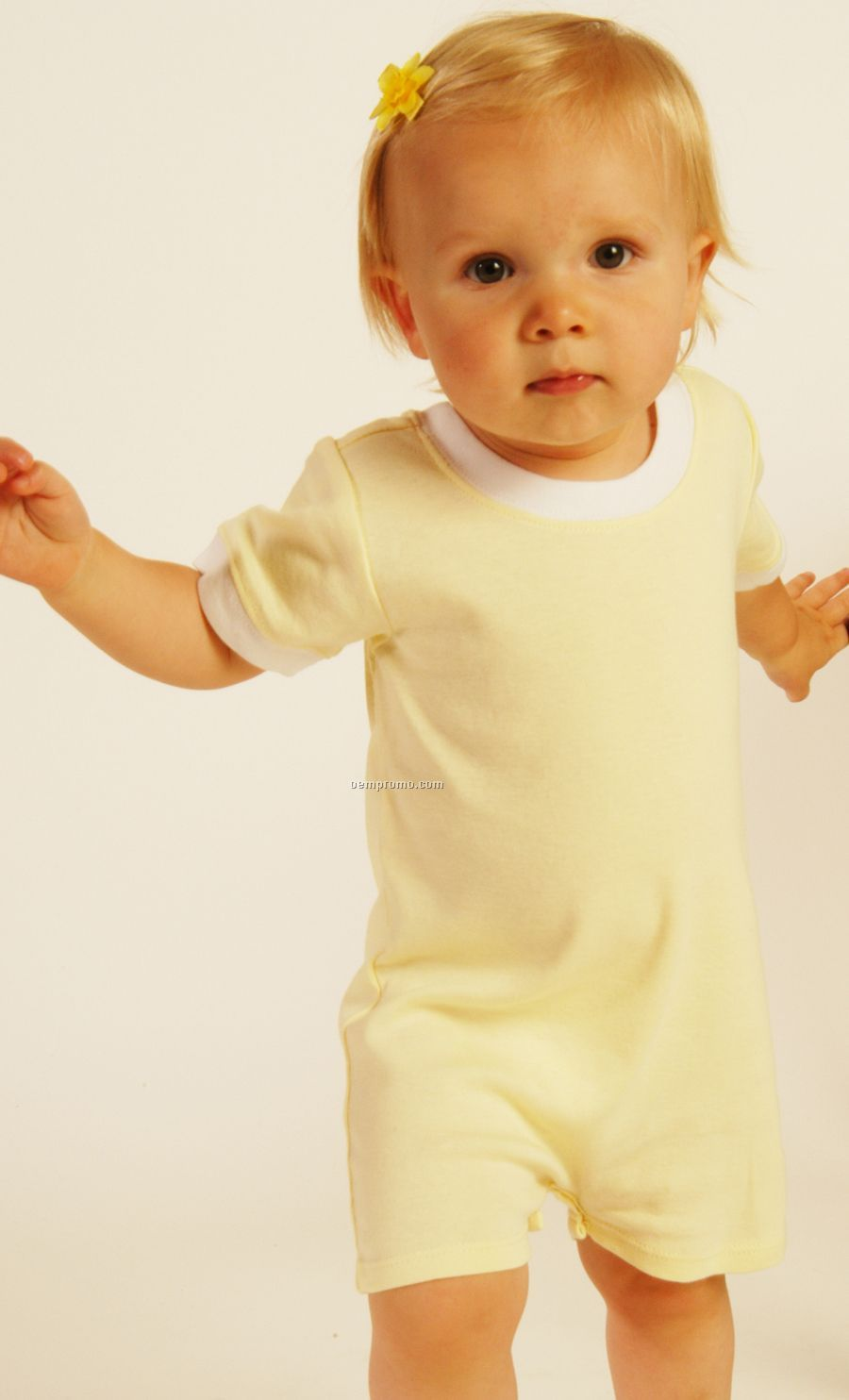 Infants Short Sleeve Scoop Neck Romper (6m-24m)