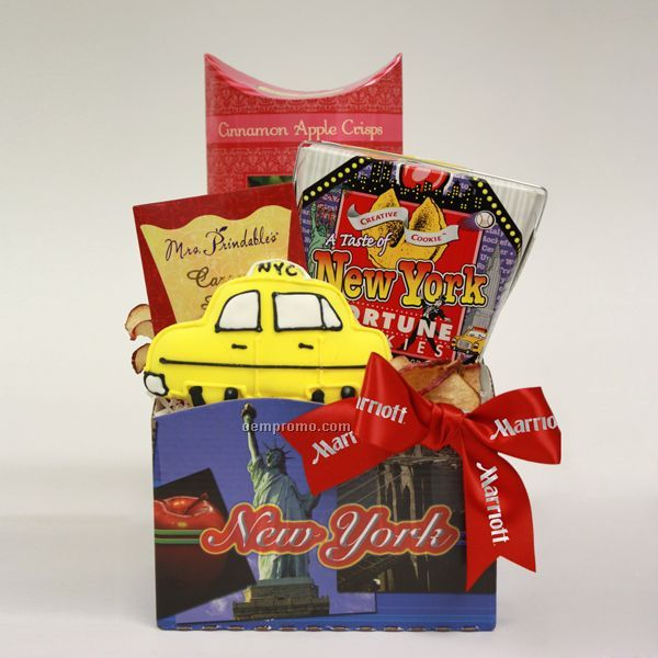 Good luck basket pot of gold chocolate coins apples for Gifts for new yorkers