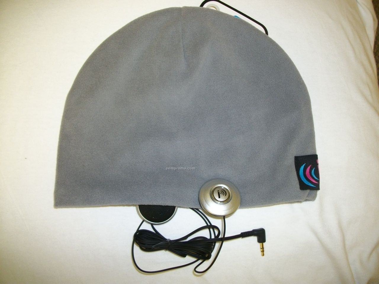 Micro Plush Fleece Ibeani Cap With Built-in Speakers
