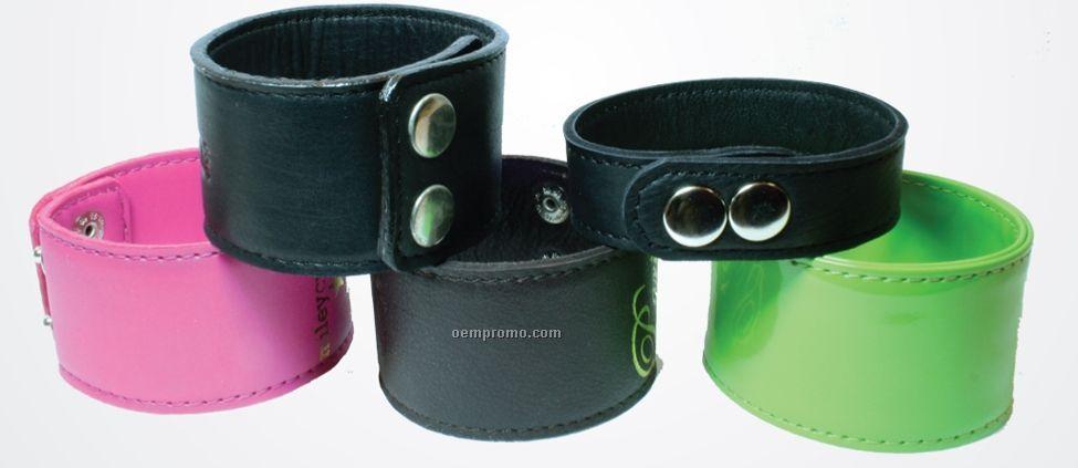 Medium Leather 2 Position Snap Bracelet / Pink