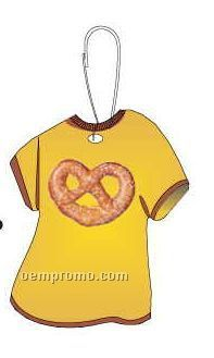 Pretzel T-shirt Zipper Pull