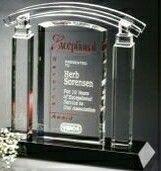 """Sable Gallery Crystal Portico Award (8 3/4"""")"""