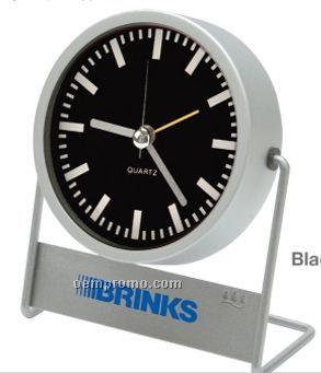 Metal Quartz Analog Desktop Alarm Clock