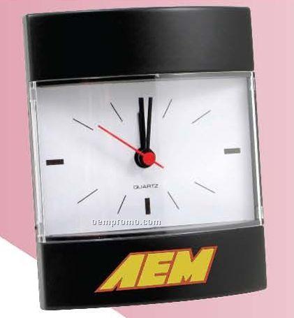 Analog Quartz Desk Clock W/ Alarm