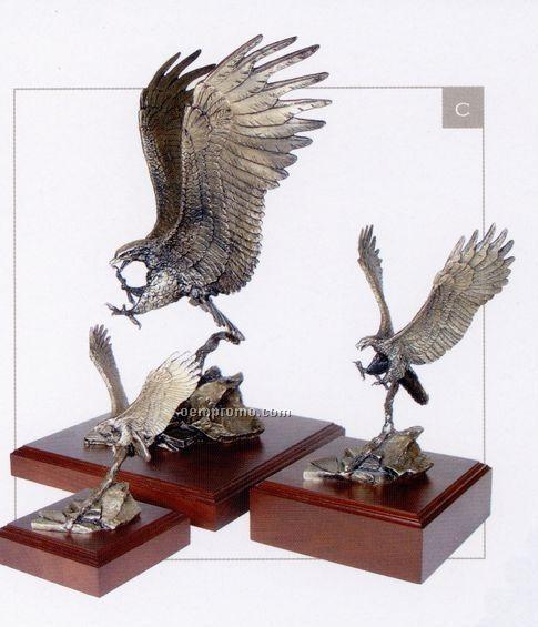 "Dead Aim Eagle Sculpture (9 1/2"")"