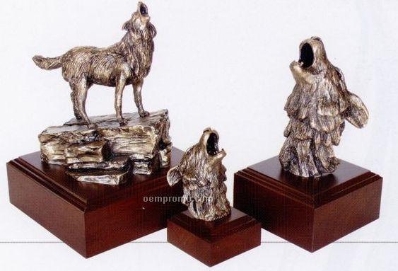 "Timber Wolf Team Work Sculpture - Head Only (7"")"