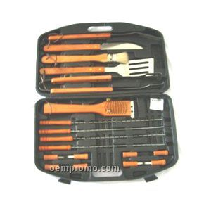 Bbq Set With Tongs/ Spatula/ Knife & Basting Brush