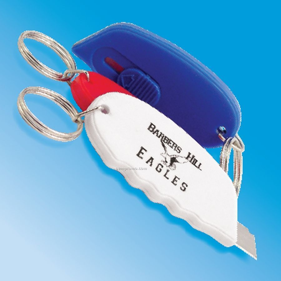 Oval Retractable Cutter W/Key Ring
