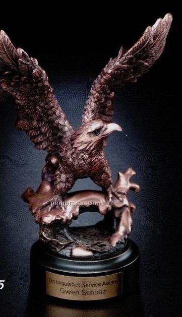 Eagle Gallery Perched Eagle Award