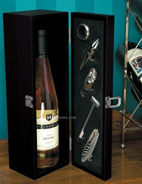 The Winery Executive Wine Accessory Kit