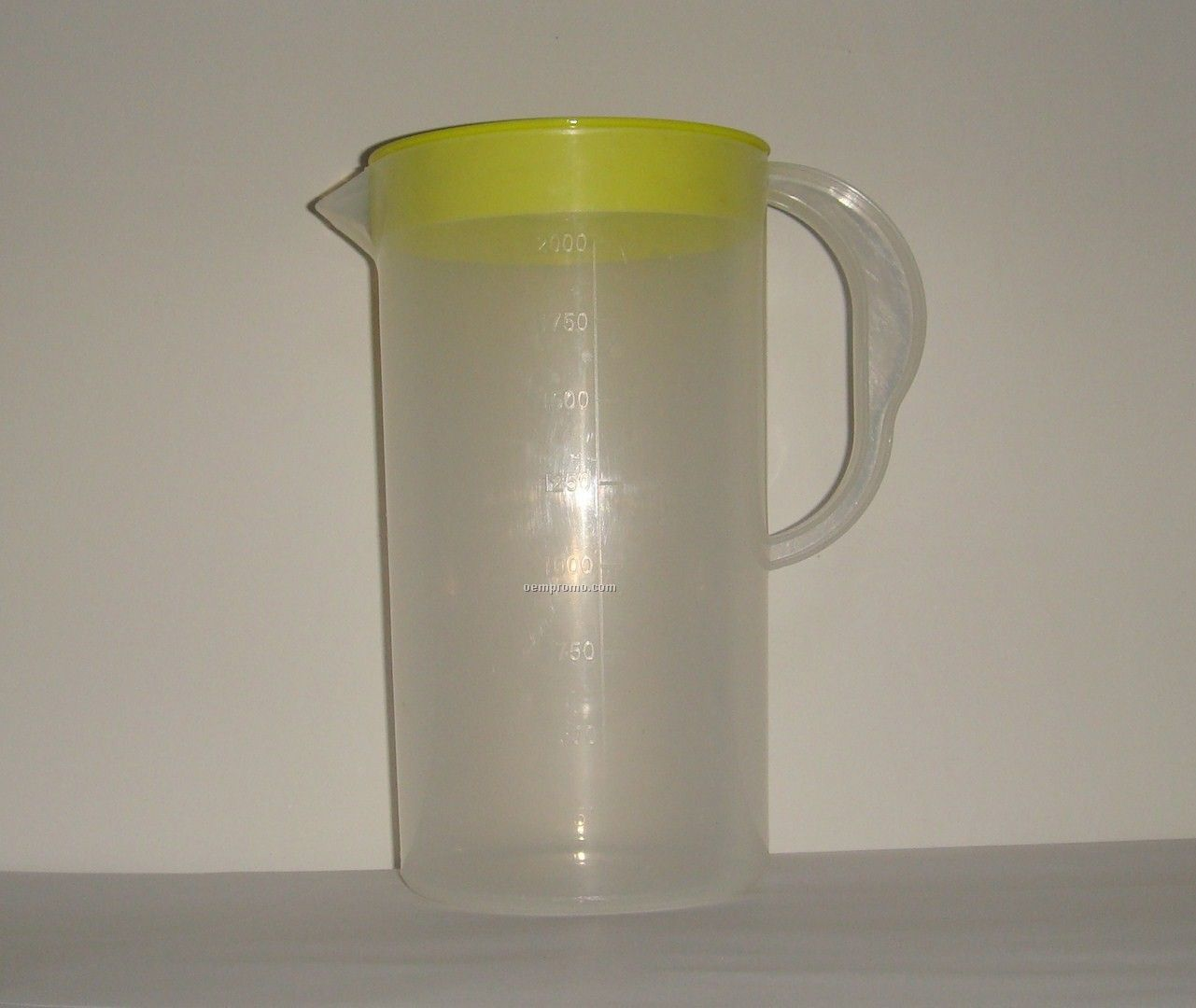 Ice Tea Pitcher With Lid