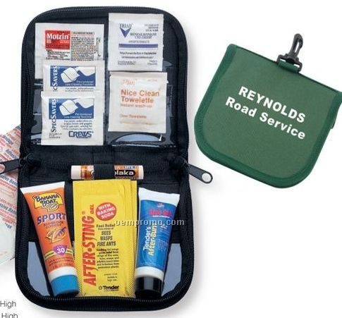 Deluxe Beach And Sun Kit With Sunscreen & Lip Balm