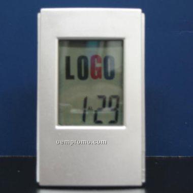 Flashing Logo W/Clock (Screen)
