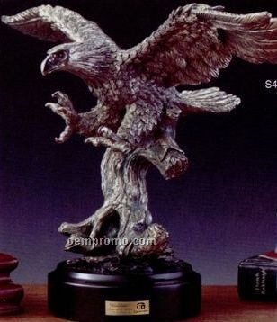 Pewter Swooping Eagle Trophy W/ Round Base (15