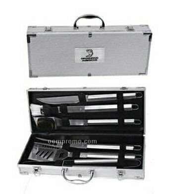 6-piece Bbq Gift Set With Meat Fork/ Knife/ Basting Brush & Cleaning Brush