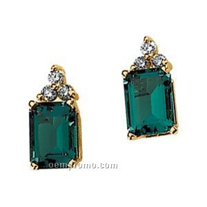14ky 7x5 Chatham Created Emerald & 1/10 Ct Tw Diamond Round Earring