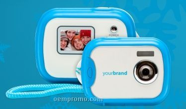 1.3 Mp Compact Digital Camera With Lcd