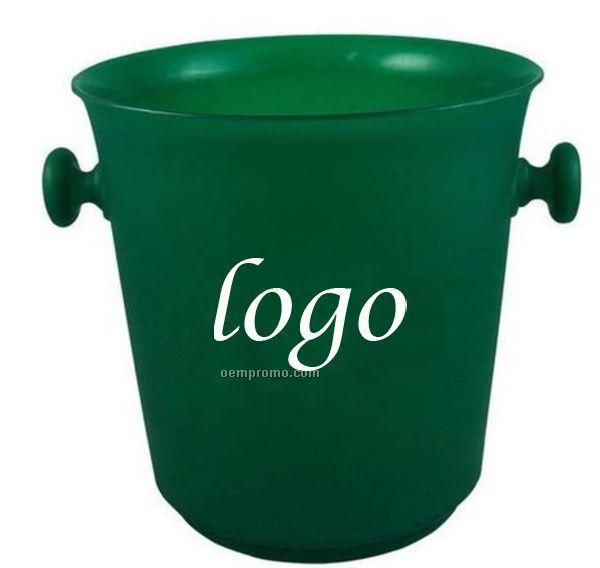 Classical Ice Bucket.