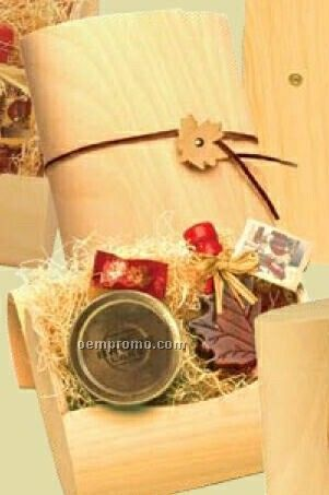 Pure Maple Syrup In Papyrus Mordicus Natural Wood Package