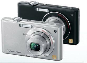 12.1 Megapixels Compact Digital Camera