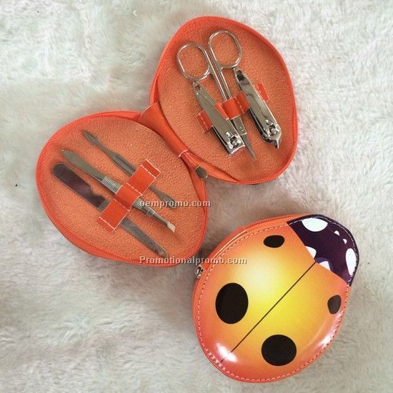 Cartoon image box manicure nail clipper