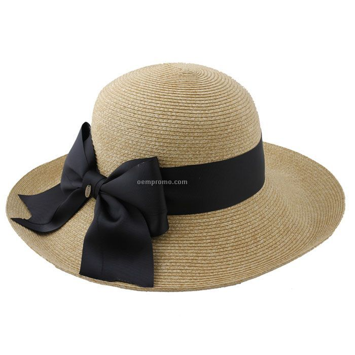 Lady straw hat with black bow